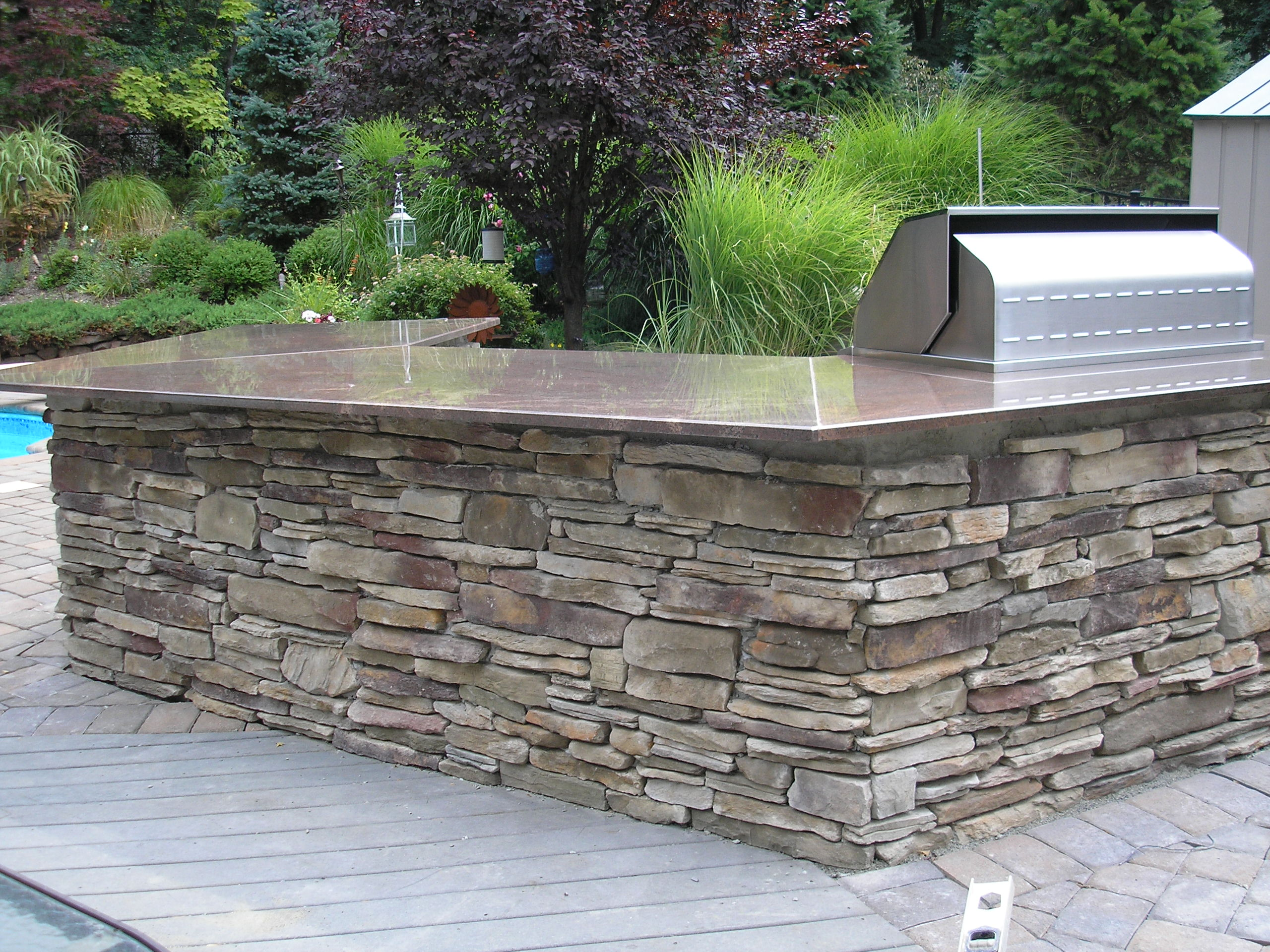 Stunning Outdoor Kitchen Countertops 2560 x 1920 · 1063 kB · jpeg